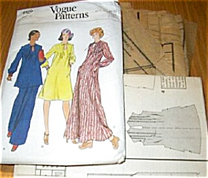 1970s Vogue Pattern Pant Suit UNCUT (Image1)
