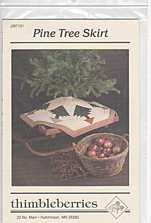 VINTAGE~PINE TREE SKIRT~QUILTING~1986 (Image1)