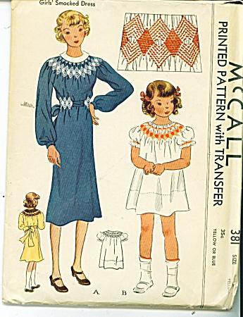 VINTAGE~McCALL SMOCKED DRESS  GIRLS SZ 8 ~381 (Image1)