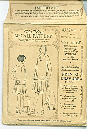 VINTAGE GIRLS DRESS PATTERN FROM  1926 (Image1)