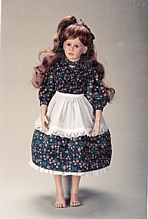 Helga - Girl Doll - Wardrobe - Bell Pattern 5019