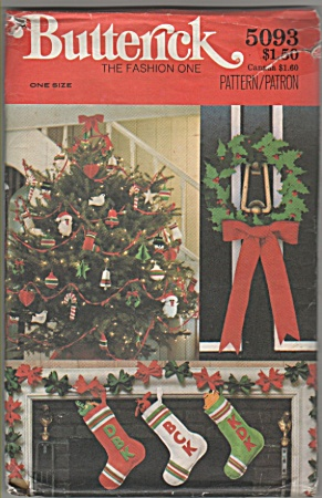 70's CHRISTMAS PATTERN-HOME ACCESSORIES-UNCUT (Image1)