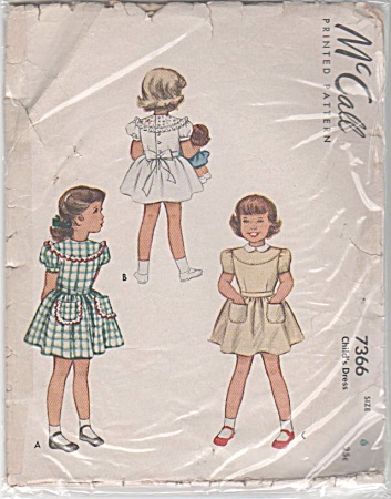 1948 vintage pattern FANCY DRESS Round Yoke S (Image1)