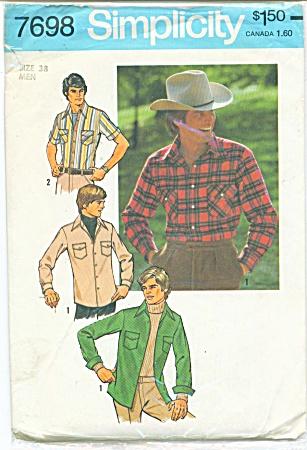 VINTAGE SIMPLICITY MENS SHIRT 7698 C'1976 (Image1)