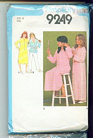 Girls Nightgown, Robe And Pajamas Pattern