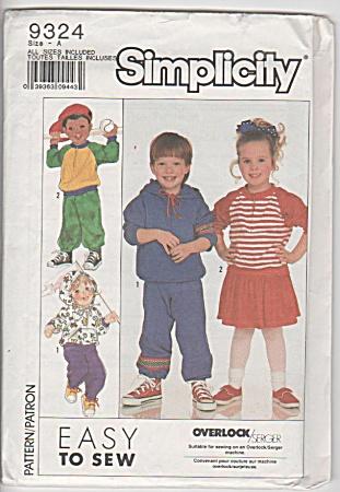 Simplicity Kids~SPORTSWEAR~3-6x sweatshirt (Image1)