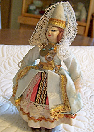 ANTIQUE~INTERNATIONAL DOLL~5 IN (Image1)