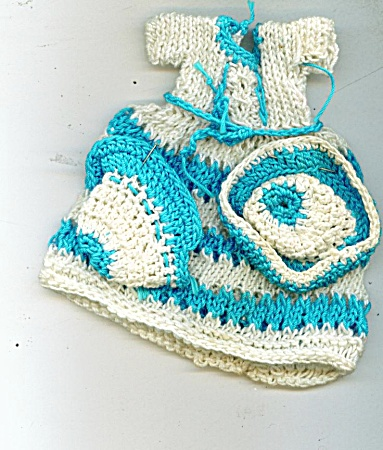 HAND KNIT DOLL CLOTHES (Image1)