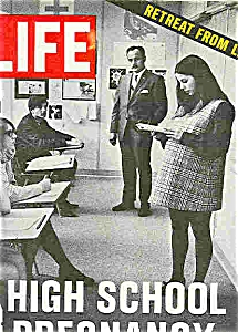 Life Magazine - April 1, 1971 (Image1)