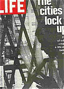 Life Magazine -  November 19, 1971 (Image1)