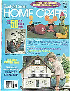 Lady's Circle HOME CRAFTS -copyright 1977 (Image1)
