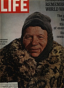 Life Magazine - December 4, 1970 (Image1)