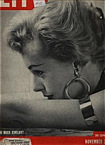 Life Magazine - November 24, 1952 (Image1)
