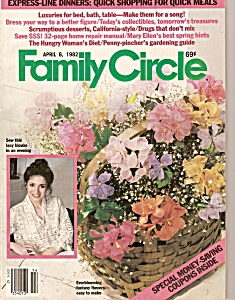 Family Circle - April 6, 1982 (Image1)