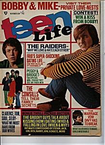 Teen Life - November   1969 (Image1)