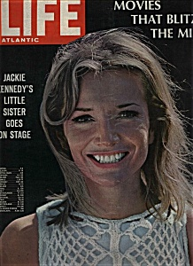 Life - August 7, 1967 (Image1)