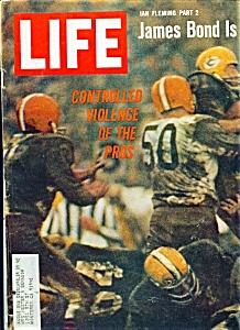 Life Magazine - October 14, 1966 (Image1)