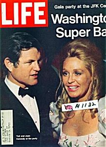 Life Magazine - June 11, 1971 (Image1)