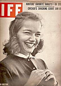 Life magazine -  November 10, 1952 (Image1)
