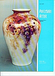 Porcelain artist -  July 1977     M4766 (Image1)