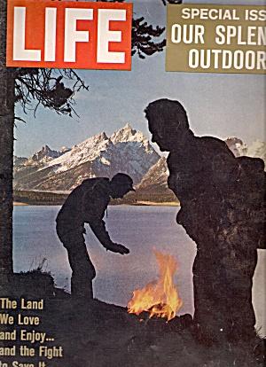 Life magazine -  December 22, 1961 (Image1)