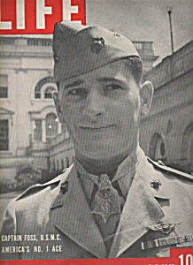 Life Magazine - June 7, 1943   CAPTAIN FOSS, JSMC (Image1)