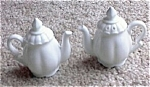 Click here to enlarge image and see more about item ECH093003W: Custom Hand Painted Teapot Shaker SET