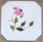 Click here to enlarge image and see more about item ELLO5-1: Blue Ridge match TILE TRIVET FLower HP