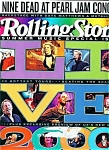 Click here to enlarge image and see more about item J3226a: Rolling Stone magazine- August 17, 2000