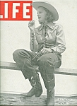 Click here to enlarge image and see more about item M4949: Life Magazine -  April 22, 1940