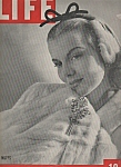 Click here to enlarge image and see more about item M6557: Life magazine- Decembwer 6, 1943