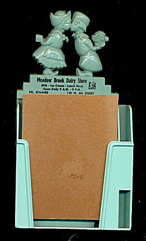 Chillicothe, ILL Meadow Brook Dairy Store Memo Holder (Image1)