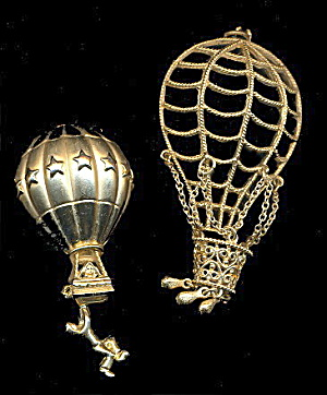 2 Ajc Gold Tone Hot Air Balloons Brooch & Other