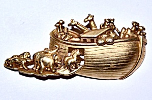 Ajc Gold Tone Noahs Ark & Animals Brooch/pin