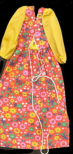 1976 Barbie 9575 Floral Peasant Dress