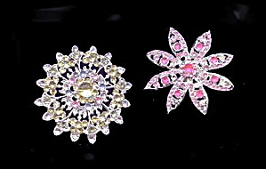 2 Lovely Star/Floral Silvertone with Stones Brooches (Image1)