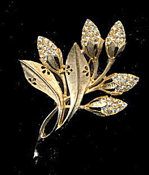 "Lovely Goldtone & Rhinestones Flower 3"" Brooch (Image1)"