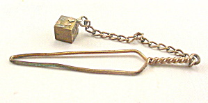 Antique Gold Metal Sewing Button Hook with Dangle (Image1)