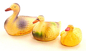 3 1920s Celluloid Occupied Japan Ducks (Image1)