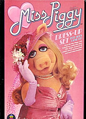 1980 Miss Piggy Dress-Up Colorforms Set (Image1)