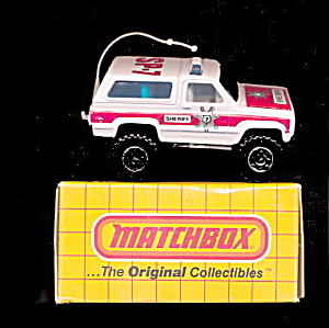 Matchbox #50 1983 Chevy Blazer Mint in Box (Image1)