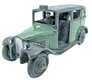 1930s Dinky 36g Taxi With Driver In Green