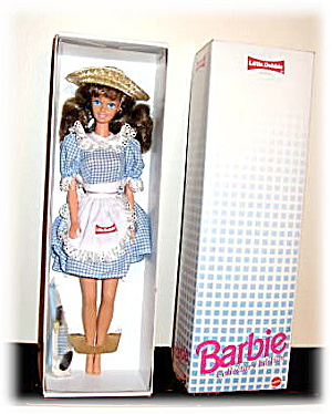 Little Debbie Snacks Barbie #10123 Premier Edition