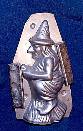 Very Old Witch (Halloween) Metal Figural Chocolate Mold