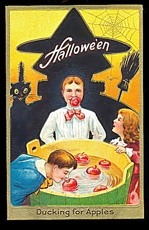 1907 Halloween Ducking For Apples Postcard
