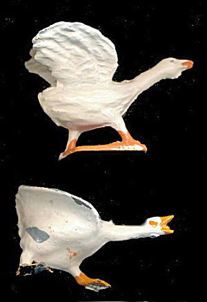 2 Lead 1920s Britains, Crescent Angry Geese