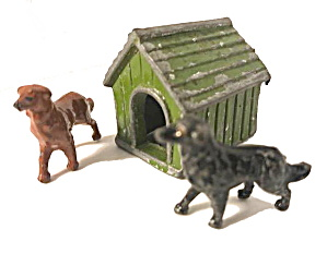 Vintage Britains Johillco Dog House With 2 Dogs