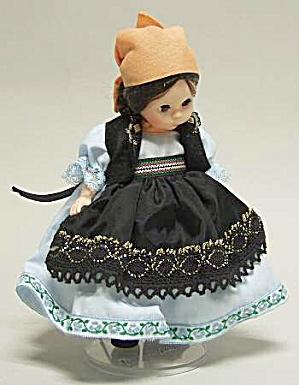 "Madame Alexander ""Romania"" Doll (Image1)"