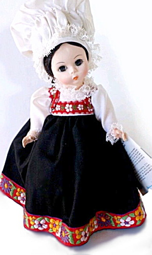 Madame Alexander #529 Norway Doll