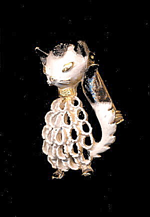 Mamselle Black & White Sly Kitty/cat Brooch